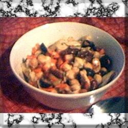 Jonny's Simple Easy Garbonzalicious Tangy Artichoke and Bean Salad