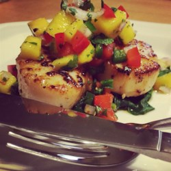 Scallops with Mango Salsa on Fresh Spinach Recipe