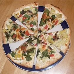 Artichoke & Spinach Pizza With White Sauce