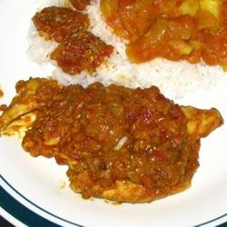 Indian Tomato Chicken (bottom) and Aloo Phujia (top)