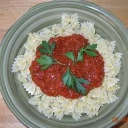 Bow-Tie Pasta & Red Pepper Sauce