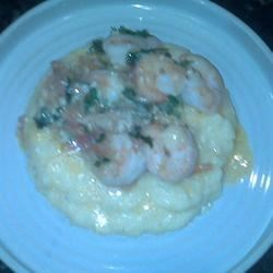 Garlic Shrimp And Chesse grits