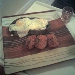 poached eggs...dinner by my sweety yummy!!!