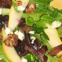 missys candied walnut gorgonzola salad photos