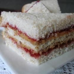 Ignacio's Super Peanut Butter and Jelly Sandwich Recipe