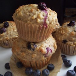 Get-Up-and-Go Muffins with Greek Yogurt, Oatmeal, and Blueberries