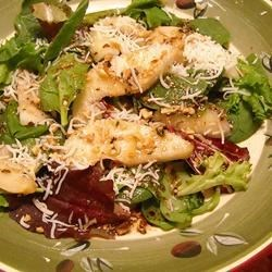 Speedy Pear and Pecan Salad