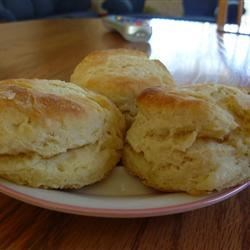 Moms Buttermilk Biscuits
