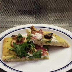 Goat Cheese, Pear, and Bacon Pizza with Pesto Sauce Recipe