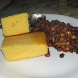 Homesteader Cornbread w/ Chili
