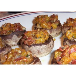 Bacon and Cheddar Stuffed Mushrooms Recipe