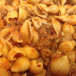 Sweet Garlic Tomato Beef Pasta Recipe