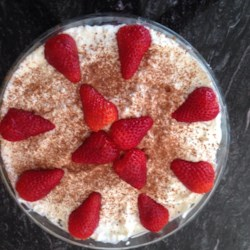 Strawberry Tiramisu Trifle Recipe