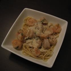 Shrimp, Garlic and PASTA YUM