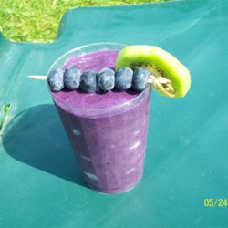 Very Berry Blueberry Smoothie