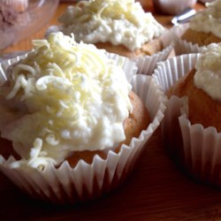 Sour Cream Cupcakes Recipe