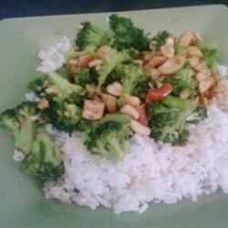 Broccoli w/ Garlic Butter and Cashews