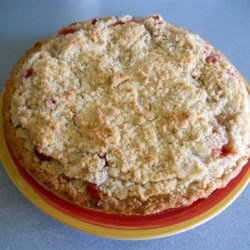 Crumb-Topped Strawberry Rhubarb Pie Recipe