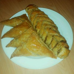Mediterranean Meat Pies (Sfeeha) Recipe