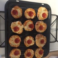 Easy Pepperoni Pizza Muffins Recipe