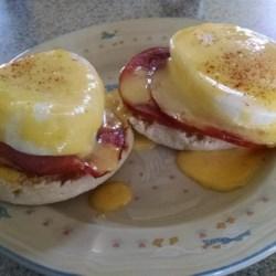 Quick and Easy Eggs Benedict Recipe