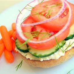 Queenie's Killer Tomato Bagel Sandwich Recipe