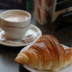 Photo of Quick Butter Croissants by MARCIAMOLINA