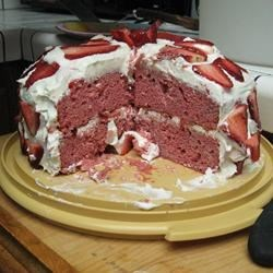 Strawberry Dream Cake l