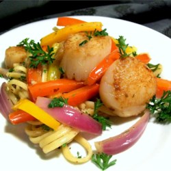 Pan Seared Scallops with Pepper and Onions in Anchovy Oil