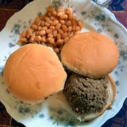 Loosemeat sandwiches (maidrites)