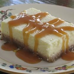 Creamy Cheesecake with Caramel Sauce