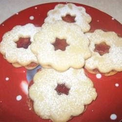 Raspberry Linzer Torte Cookies