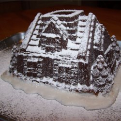 holiday house cake