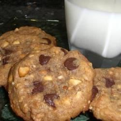 MaLizGa's Peanut Butter (with chocolate chips!) Cookies