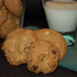 Double Chocolate Chip Macadamia Cookies Recipe