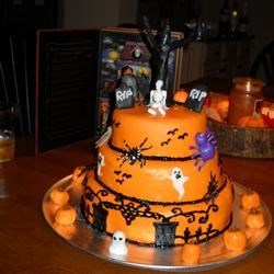 Halloween Cake with fondant