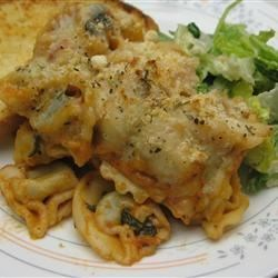 Easy, Cheesy Tortellini Bake Recipe