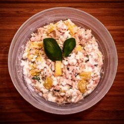 Robo's Lo-Cal Tuna, Pineapple, Cottage Cheese, and Basil Salad
