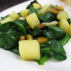 Spinach with Apples and Pine Nuts Recipe