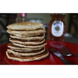 Whole Wheat, Oatmeal, and Banana Pancakes