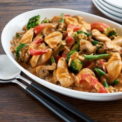 Creamy Peanut Stir-Fried Chicken