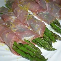 Cold Asparagus with Proscuitto and Lemon