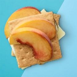 Peaches 'n' Creme S'mores