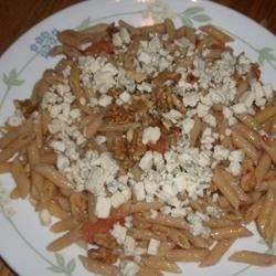 Pasta with Blue Cheese and Walnuts Recipe