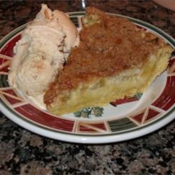 Sour Cream Rhubarb Pie