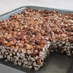 Puffed wheat squares