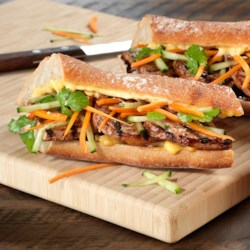 BUSH'S(R) Asian Banh Mi Sandwich