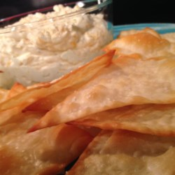 Cold Beer Cheese Dip with Wonton Chips