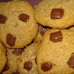 Whole White Wheat and Honey Chocolate Chip Cookies Recipe
