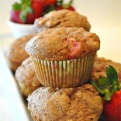 mimis giant whole wheat banana strawberry muffins recipe